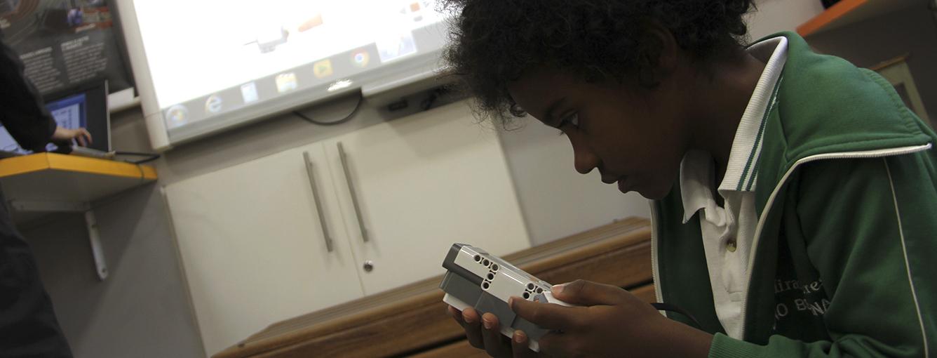 Aprendendo com Tecnologia